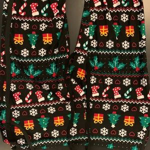 CHRISTMAS PATTERNED JOGGERS